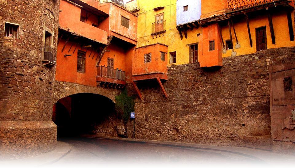 Walking Tours of Guanajuato: City of Cervantes
